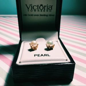 NWT 18K Gold Over Sterling Silver Pearl Earrings